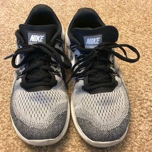 Nike Frees Running Shoes W7